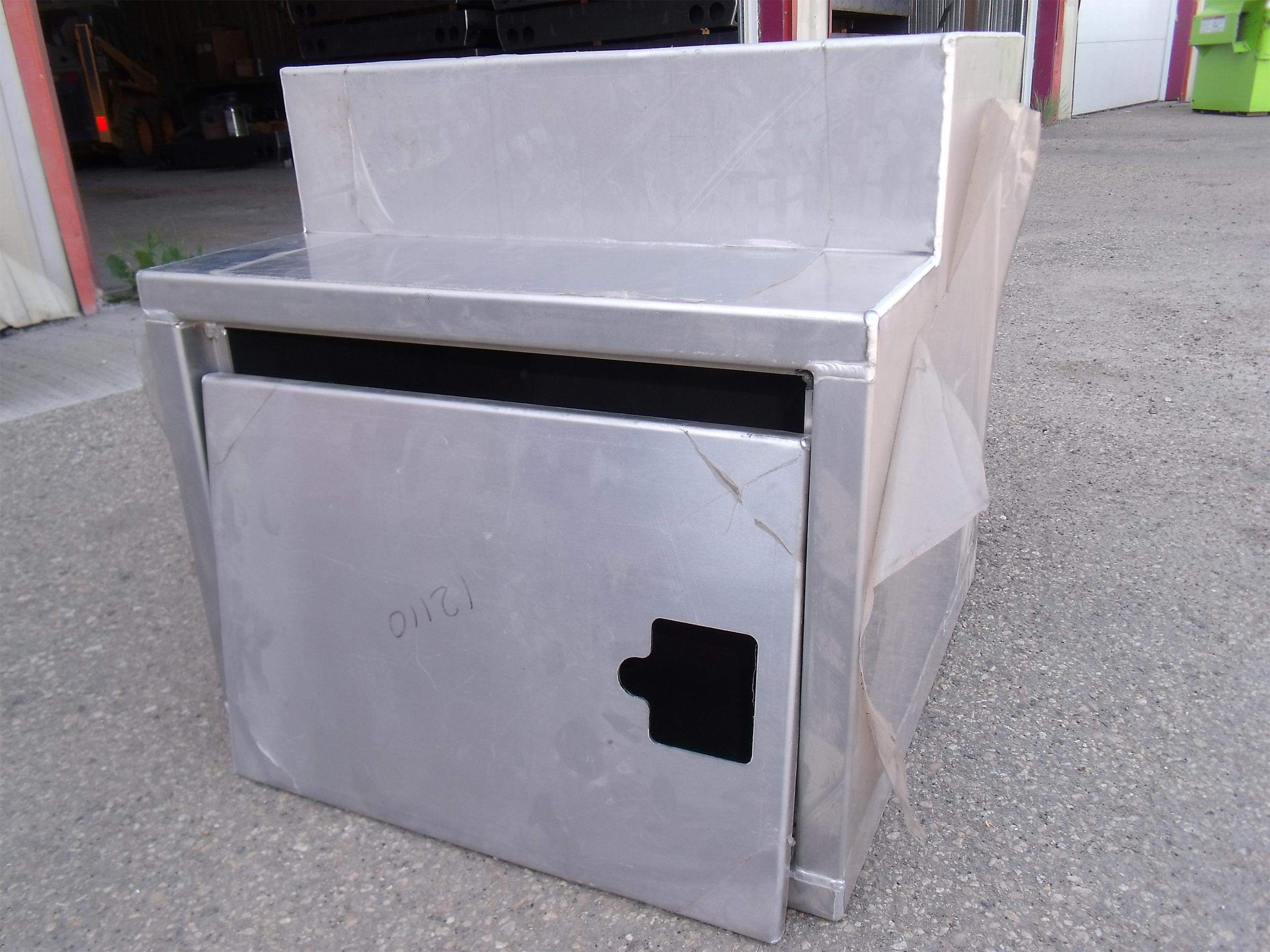 24-x-24-x-24-Aluminum-SPV-Step-Box